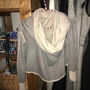 Lululemon 4 way sweater sz6